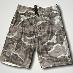 🍄2/$30🍄 Nevada Cargo Camo Shorts Size 30